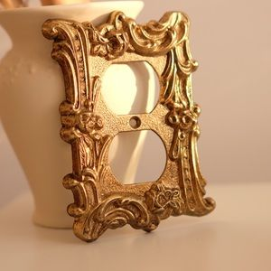Vintage Ornate Gold Brass Metal Plug Outlet Cover/ Electrical Wall Plate Cover